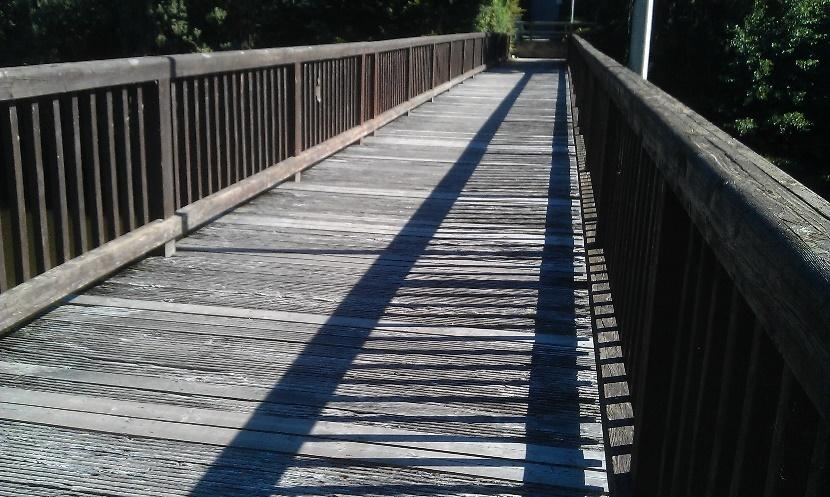 GRP-bridge-decking-planks-as-alternative-for-steel-and-wood